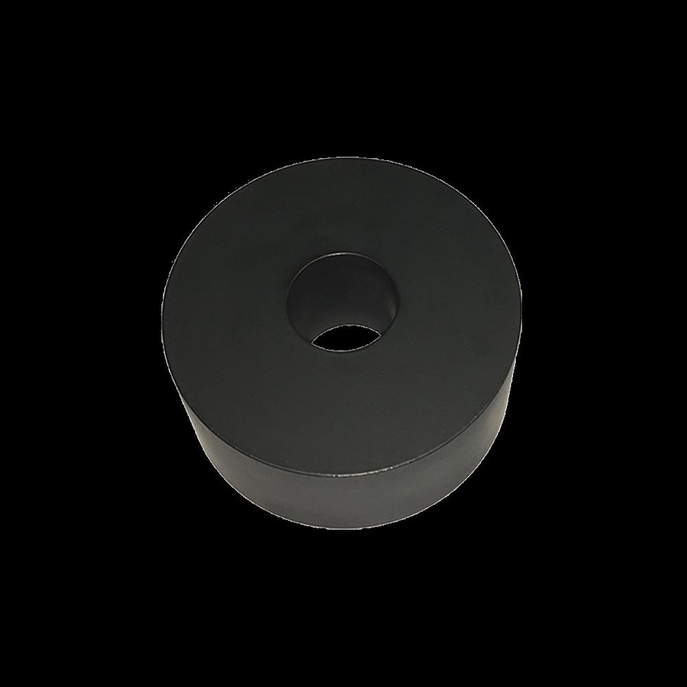 Studding Outlet Flat Bottom Carbon 02